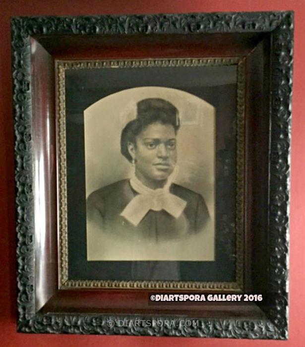 Victorian Girl Photo